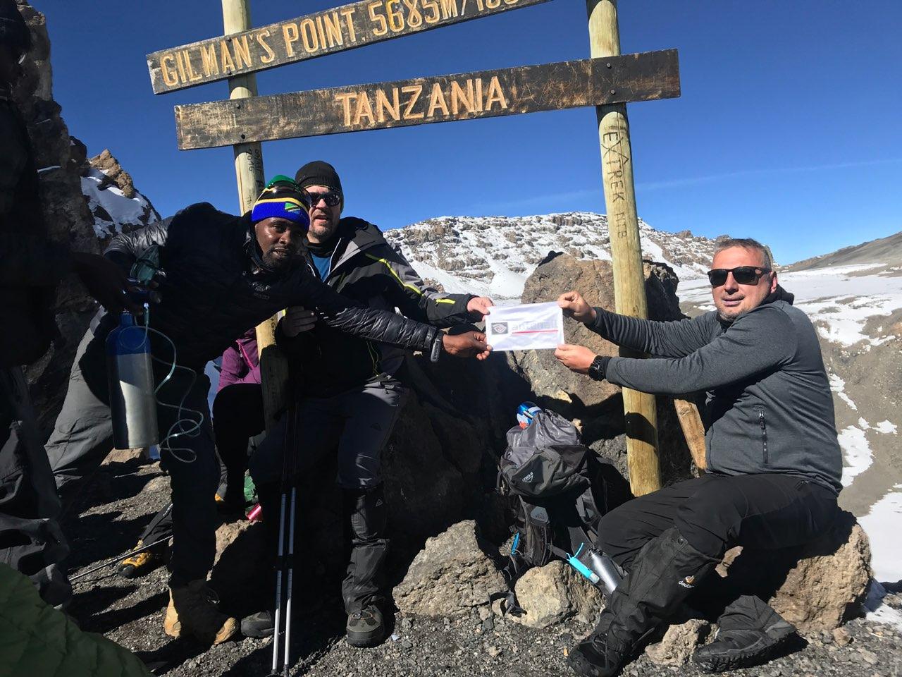 Antenall na vrhu Afrike